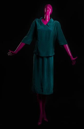 Женщина в костюме - стадия 3