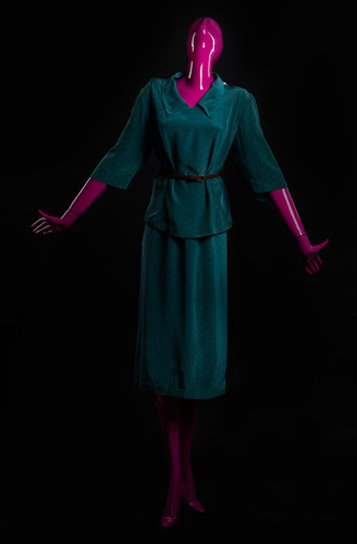 Женщина в костюме - стадия 4